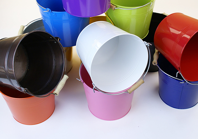 Metal Pails, Tubs and Containers