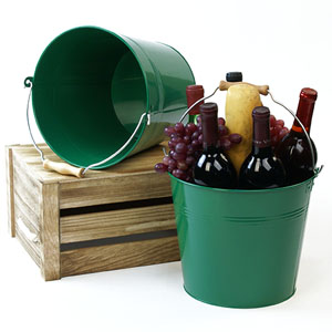 "10""  Pail Green with Wood Handle"